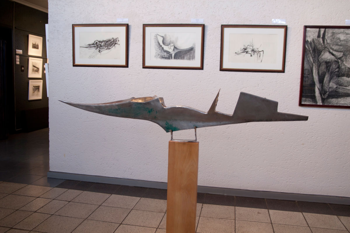 Marine III, Sculptor Mike Edwards,abstract sculpture